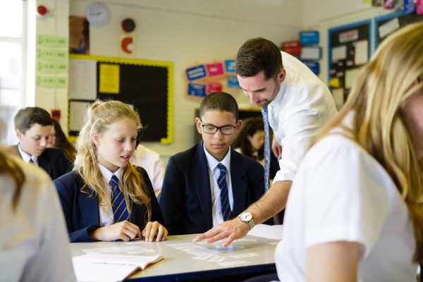 Funded opportunities in teaching for mastery for secondary school maths departments